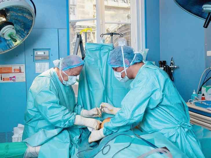 chirurgiens-pour-correction-du-nez-en-tunisie